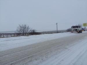 Штаб по чрезвычайным ситуациям открывает для движения дороги Одесской области (ФОТО)