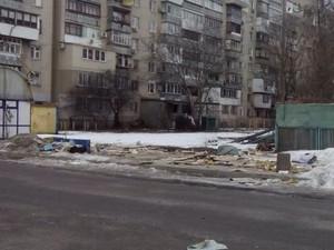 В Одессе демонтировали 100 рекламных конструкций и 10 МАФов
