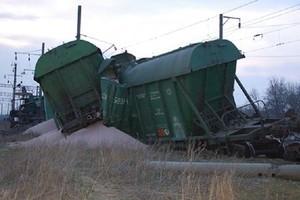 На Одесской железной дороге произошло крушение грузового состава