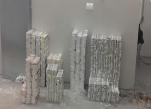 В Одесской области опять нашли крупную партию контрафактных сигарет
