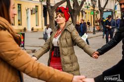 В Одессе началась Масленица: танцы и соломенный лабиринт на Дерибасовской (ФОТО)