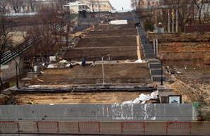 Реставраторы одесской Потемкинской лестницы хотят еще 8 миллионов (ФОТО)