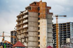 В Одессе сносят высотный недострой советского периода