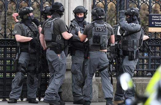 Теракт в Лондоне: число погибших возросло до 5 человек