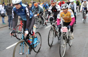 Одесская Велосотка стартовала на Аллее Славы (ФОТО)