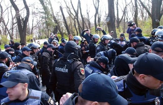 Стало известно, кого именно задержали во время беспорядков на день освобождения Одессы