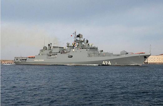 Двое погибших, пробоина и пожар: русский флагман столкнулся с баркасом