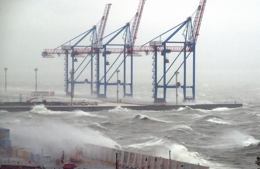 На Одессу идет ураган со снегом: горожан просят быть осторожными