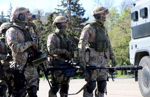 На Куликовом поле в Одессе накануне 2 мая продемонстрировали военную технику (ФОТО)