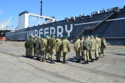 Пограничники в портах Одессы и Черноморска учились искать контрабанду и нелегалов