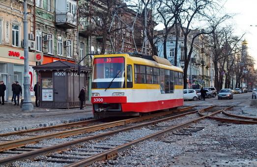 У Порошенко подписали закон о еврокредитах на развитие электротранспорта Одессы и других городов Украины
