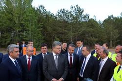 Как Порошенко обновленную дорогу на юге Одесской области открывал (ФОТО)