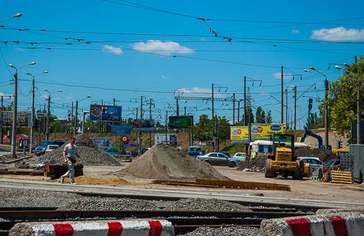 До открытия автомобильного движения под Пересыпским мостом в Одессе осталось меньше двух недель