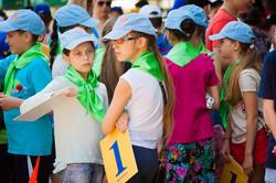 """Больше тысячи детей построились в рекордную """"единицу"""" (ФОТО)"""