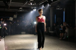 Odessa Holiday Fashion Week стартовал с показа модных причесок и диджей-сета (ФОТО)