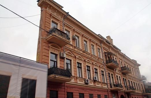 Асфальт в одесском Воронцовском переулке хотят заменить брусчаткой