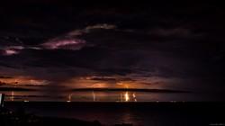 Ночная гроза над Одессой: впечатляющие фото