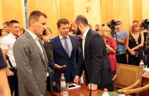 В Одесском горсовете и дальше будут выносить проекты решений с голоса