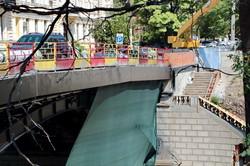 На одесском мосту Коцебу восстанавливают старинные ограждения (ФОТО)