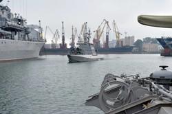 ВМС Украины пополнились двумя новыми бронекатерами (ФОТО)