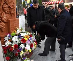 В Одессе открыли памятник знаменитому виноделу