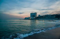 Море в одесской Аркадии: спокойствие и краски декабрьского вечера (ФОТО)