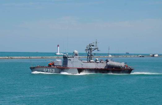 ВМС Украины с погоней и артиллерийским огнем охотились за контрабандистами