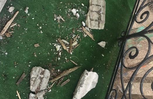 На Дерибасовской разрушается памятник архитектуры - дом Ралли