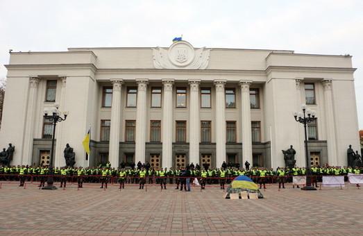 Внеочередные выборы в Раду ожидают Одессу уже осенью