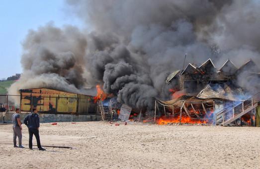 Более 2-х миллионов гривен водолазов Одессы «сгорели» от пожара в «Песке»