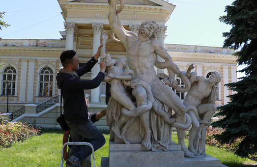 В Одессе восстановили знаменитую скульптуру Лаокоон