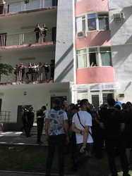 В Одессе активисты штурмовали офис дилеров криптовалюты (ФОТО)