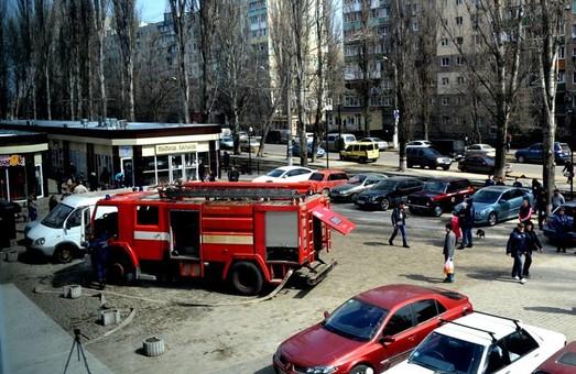 Одесса не очень хорошо обеспечена пожарными лестницами