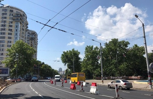 В Одессе выпрямлен поворот по проспекту Шевченко у Дворца спорта