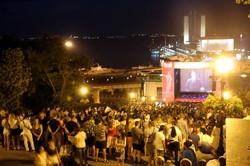 Смотреть кино на Потемкинской лестнице собрались тысячи одесситов (ФОТО)