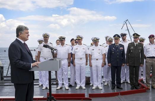 Порошенко в Одессе подчеркнул важность международных военно-морских учений