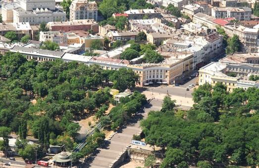 В Одессе недобросовестные подрядчики остановили военные стройки