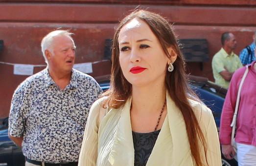 Адвокат Запорожана Кармазина пугает преподавателей ОНМедУ отсутствием зарплаты. Бухгалтерия это опровергает