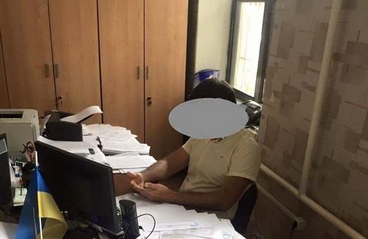 Чиновник Беляевской райадминистрации пойман на взятке