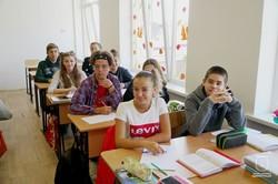 В Красноселке реконструкция школы идет параллельно с уроками (ФОТО)