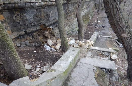 Одесский горсовет намерен благоустроить территорию под бульваром Жванецкого