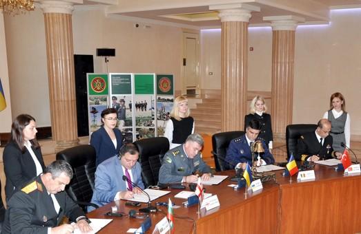 В Одессе подписан Меморандум о сотрудничестве береговых охран прибрежных стран Черноморского региона (ВИДЕО)