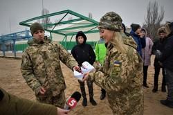 В Одессе дети поддержали украинских моряков (ФОТО)