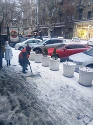 Как город справляется с последствиями снегопада (ФОТО)