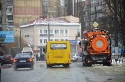 Как городские власти борются с непогодой (ФОТО)