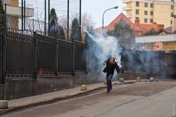 Недопетая песня у российского консульства в Одессе (ФОТО)