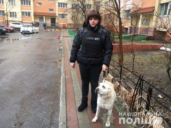 В Одессе по телефонному звонку полиция искала в жилой высотке 3 килограмма тротила