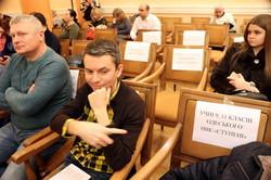 Одесский горсовет во время сессии заполнили школьниками (ФОТО)