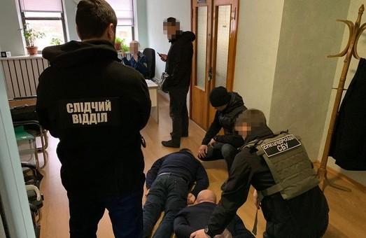 Сразу двух взяточников в силовых структурах разоблачили в Одесской области (ФОТО)