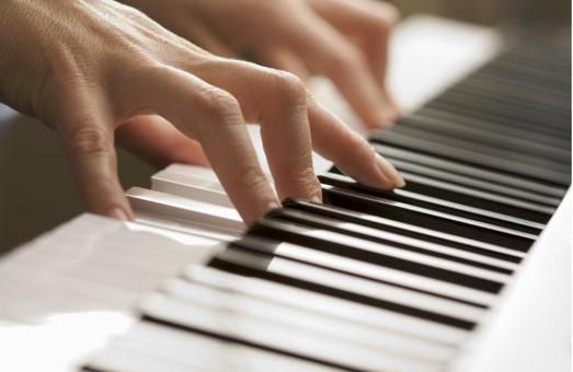 Как быстро научиться игре на фортепиано